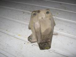 Кронштейн двигателя правый Audi A6 C5 1997-2004 (Кронштейн двигателя правый) [8D0199308D]