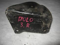 Кронштейн задней балки правый Volkswagen Polo седан (Кронштейн задней балки) [6RU501546]