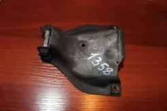 Кронштейн опоры двигателя правый Audi A4 B8 (Кронштейн двигателя правый)