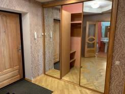 2-комнатная, улица Фрунзе 95. Кировский, частное лицо, 54,0кв.м.
