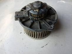 Мотор вентилятора печки. Toyota Tercel