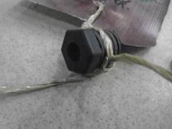 Отбойник крышки багажника Chevrolet Cobalt 52098969 2012-2015