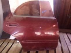 Дверь задняя правая Toyota Sprinter Marino AE101