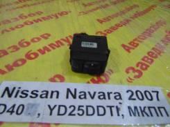 Кнопка регулировки фар Nissan Navara D40 Nissan Navara D40