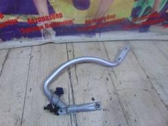 Крепление крышки багажника Opel Astra Opel Astra 2003, правое 93240938