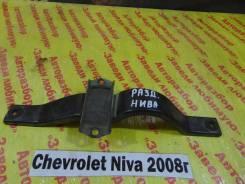 Кронштейн раздаточной коробки Chevrolet Niva Chevrolet Niva 2008