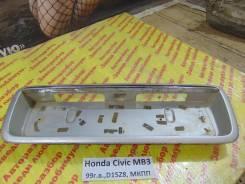 Накладка на дверь багажника Honda Civic (MA, MB 5HB) 1995-2001 Honda Civic (MA, MB 5HB) 1995-2001 1999