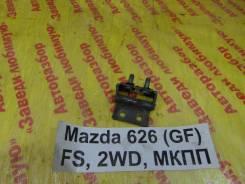 Крепление двери багажника Mazda 626 (GE) 1992-1997 Mazda 626 (GE) 1992-1997 1993