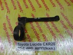 Крепление редуктора Toyota Estima Lucida Toyota Estima Lucida 1995