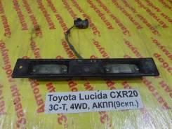 Подсветка номера Toyota Estima Lucida Toyota Estima Lucida 1995