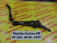 Кронштейн рычага подвески Toyota Carina ED ST183 Toyota Carina ED ST183, правый