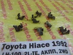 Скоба суппорта переднего Toyota Hiace LH100 Toyota Hiace LH100 1992