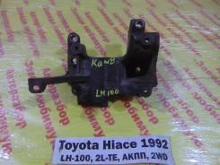 Кронштейн компрессора кондиционера Toyota Hiace LH100 Toyota Hiace LH100 1992