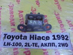 Крепление двери багажника задн. лев. Toyota Hiace LH100 Toyota Hiace LH100 1992