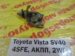 Замок лючка бензобака Toyota Vista SV40 Toyota Vista SV40 1996
