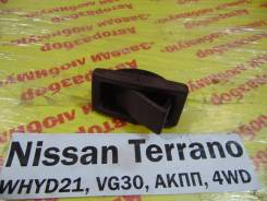 Пепельница задн. Nissan Terrano WHYD21 Nissan Terrano WHYD21 1992