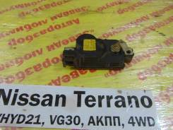 Активатор замка двери Nissan Terrano WHYD21 Nissan Terrano WHYD21 1992
