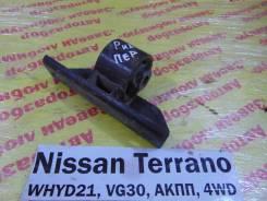 Кронштейн редуктора Nissan Terrano WHYD21 Nissan Terrano WHYD21 1992