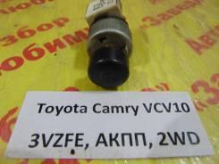 Кнопка освещения панели приборов Toyota Camry XCV10 Toyota Camry XCV10 1994