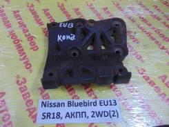 Кронштейн компрессора кондиционера Nissan Bluebird EU13 Nissan Bluebird EU13