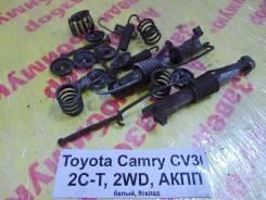 Зажим тормозной колодки Toyota Camry CV30 Toyota Camry CV30, задний
