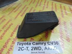 Подставка под ногу Toyota Camry CV30 Toyota Camry CV30