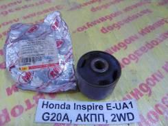 Сайлентблок Honda Inspire UA1 Honda Inspire UA1 1996