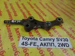 Кронштейн рычага подвески Toyota Camry SV30 Toyota Camry SV30, правый