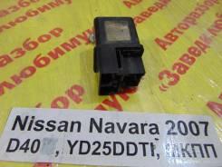 Реле свечей накала Nissan Navara D40 Nissan Navara D40
