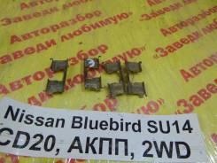 Зажим тормозной колодки Nissan Bluebird SU14 Nissan Bluebird SU14, задний