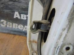 Ограничитель двери задн. прав. Nissan Bluebird SU14 Nissan Bluebird SU14