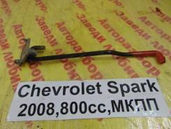 Упор капота Chevrolet Spark M200 Chevrolet Spark M200 2008