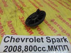 Крепление запасного колеса Chevrolet Spark M200 Chevrolet Spark M200 2008