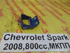 Крепление двери багажника задн. прав. Chevrolet Spark M200 Chevrolet Spark M200 2008