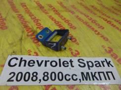 Крепление двери багажника задн. лев. Chevrolet Spark M200 Chevrolet Spark M200 2008
