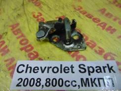 Ответная часть замка багажника Chevrolet Spark M200 Chevrolet Spark M200 2008