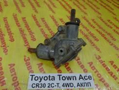 Редуктор рулевой угловой Toyota Town-Ace Toyota Town-Ace, левый