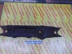 Балка поперечная Toyota Town-Ace Toyota Town-Ace 1994, передняя 5120395D01