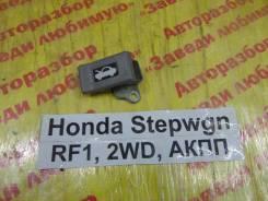 Ручка открывания капота Honda Stepwgn RF1 Honda Stepwgn RF1 1997