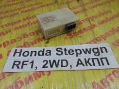 Блок управления дверьми Honda Stepwgn RF1 Honda Stepwgn RF1 1997