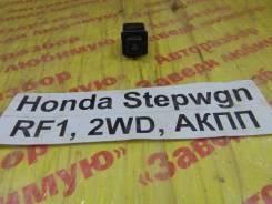 Кнопка аварийной сигнализации Honda Stepwgn RF1 Honda Stepwgn RF1 1997