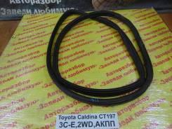 Уплотнитель двери Toyota Caldina Toyota Caldina 1999.04, правый задний