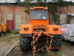 Слобожанец ХТА-200. Трактор ХТА 200 с мульчером и отвалом, 7 120куб. см., 7 850кг.
