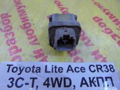 Реле Toyota Lite Ace, Town Ace Toyota Lite Ace, Town Ace 1995.12