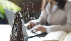 Юридические услуги, оказание юридической помощи