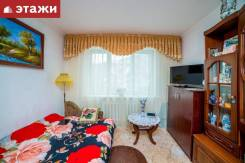 3-комнатная, улица Нейбута 21. 64, 71 микрорайоны, проверенное агентство, 68,4кв.м.