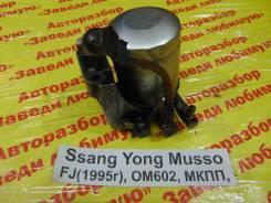 Кронштейн топливного фильтра Ssang Yong Musso Ssang Yong Musso 1993.09.14