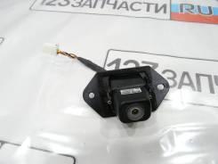 Камера заднего вида Toyota Kluger MHU28