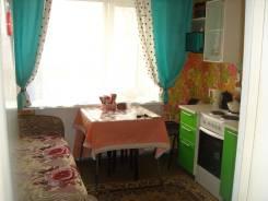 1-комнатная, улица Аксёнова 51. Индустриальный, частное лицо, 35,0кв.м.