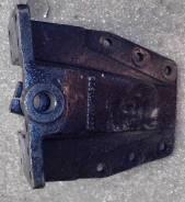 Кронштейн передней рессоры задний правый DZ9114520156